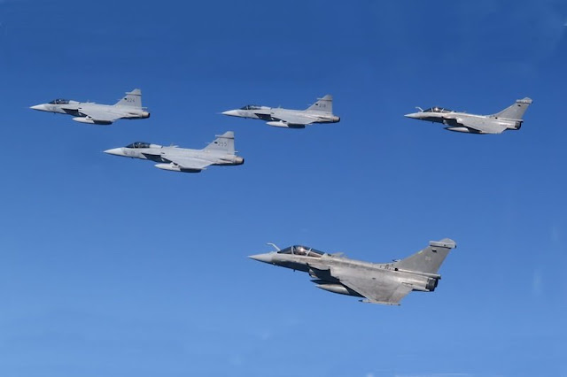 Swedish Gripens French Rafales train together