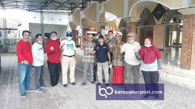 Muspika Kelurahan Jember Kidul Kecamatan Kaliwates Lakukan Penyemprotan  Tempat Ibadah  Covid -19.