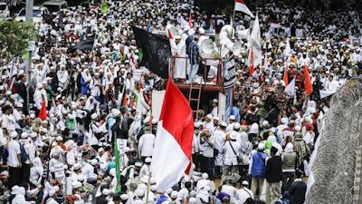 http://ligaemas.blogspot.com/2017/02/bersifat-politis-nu-dan-muhammadiyah.html