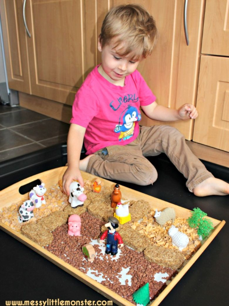 Activities for toddlers - edible farm sensory bin