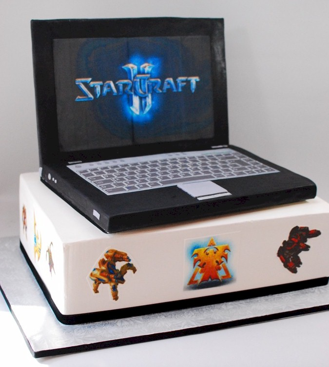 Laptop Groom S Cake
