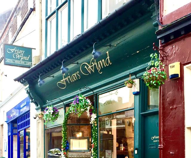 Skotlantilainen aamiainen ja Boutique Hotel Friars Wynd