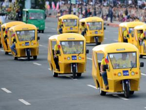 Philippines gives green light to 100,000 electric tricycles