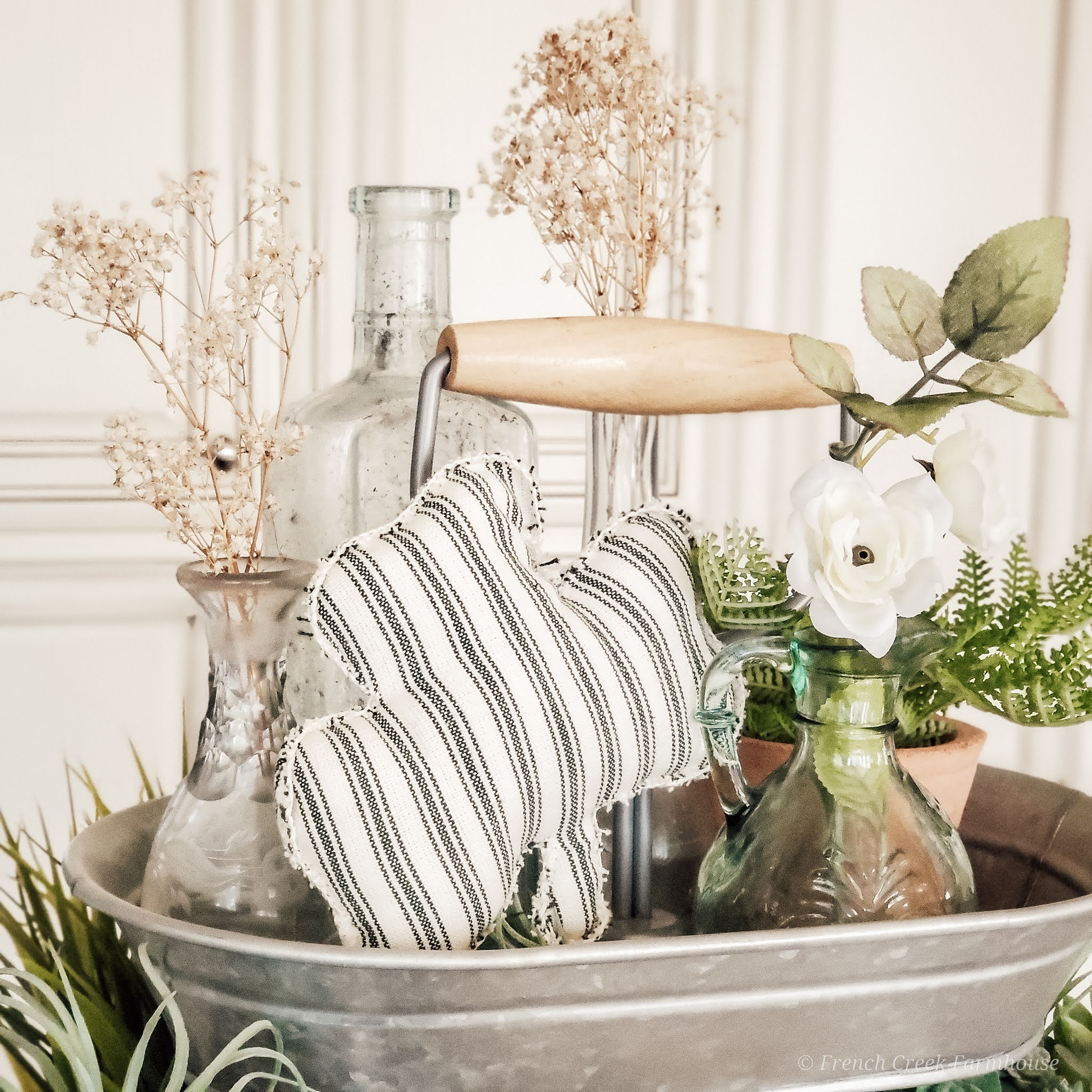 St. Patrick's Day Tiered Tray Decorating | French Creek Farmhouse