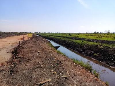 gambar saluran pembuang, sungai