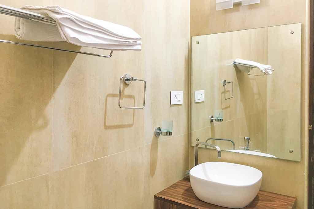 luxury beach villa in ecr for hire