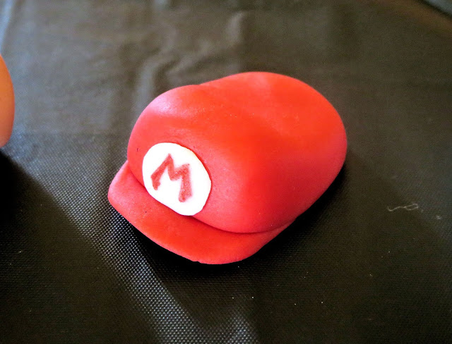 Nerdy Thirty Cake - Fondant Mario Hat Decoration