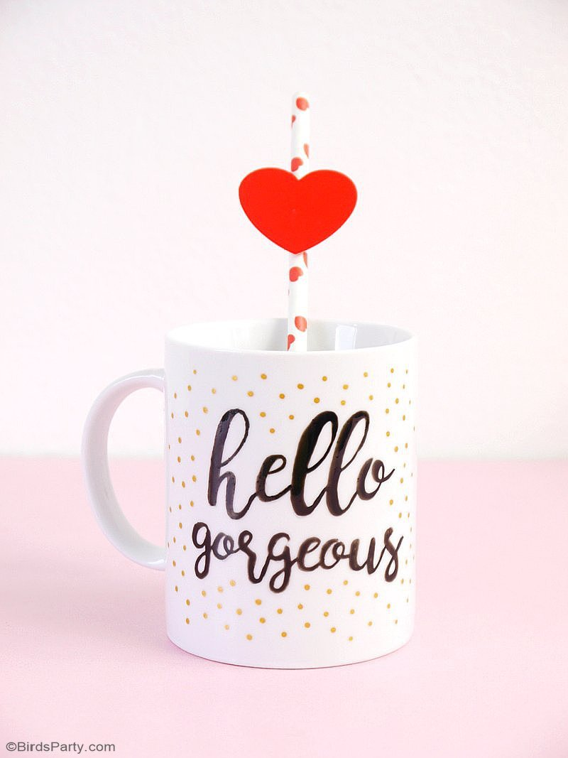 DIY Valentine's Day Easy Calligraphy Mugs - learn to craft these beautiful handmade gifts with printed calligraphy and a sharpie pen! by BirdsParty.com @birdsparty #diy #diycrafts #sharpiemugs #calligraphymugs #mugsdiy #valentinesday #valentinesdaycrafts