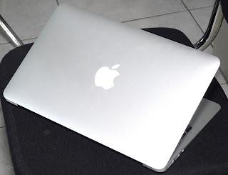 MacBook Air 11.6 Inchi Late 2010 Second