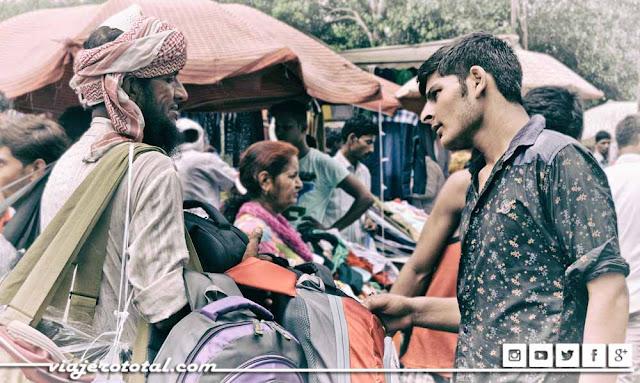 Regateando en los mercados de Delhi
