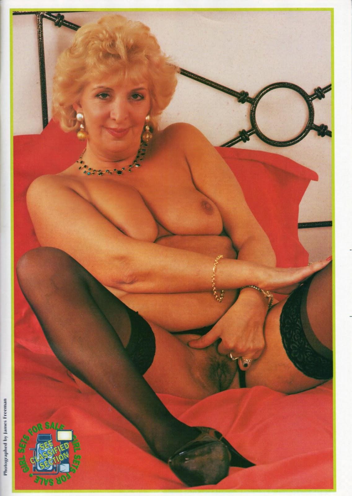 Nude erotic womens