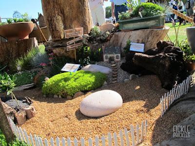 Perennial miniature garden