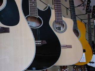 tips memilih gitar akustik yang bagus