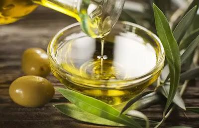 oliwa z oliwek na zajady