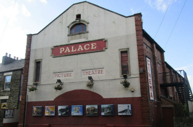 Cinderford, Forest of Dean, Gloucestershire, Ticket - Cheap bargain Moneysaving cinema locations