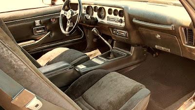 1978 Pontiac Macho Trans Am WS6 Turbo 400 Interior Dashboard