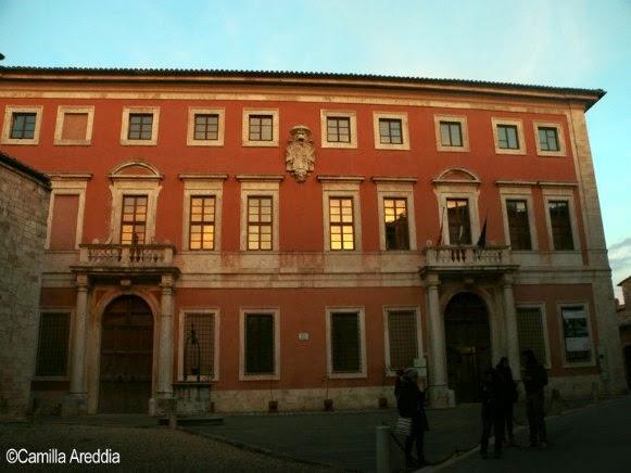 Esterno di Palazzo Chigi a San Quirico d'Orcia