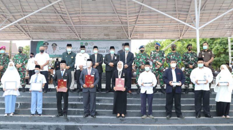 Hari Amal Bakti ke-75 Kemenag, Wako Batam Minta Warga Jaga Kerukunan demi Pembangunan