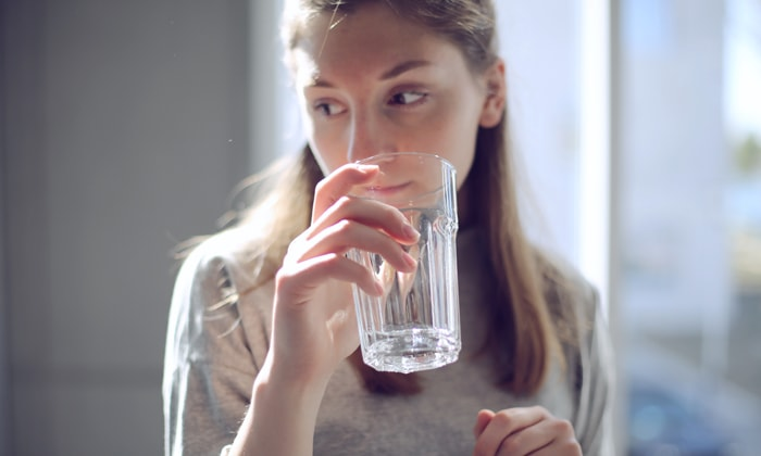Tips Sehat Dengan Air Putih Sekaligus Melangsingkan Tubuh