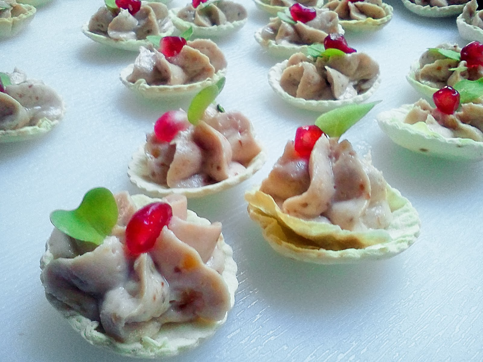 Chezwhat Amuse Bouche Hors D Oeuvre Appetizers Small