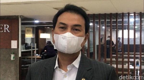 Azis Syamsuddin Bawa Ayat Suci Kala Terseret Kasus Walkot Tanjungbalai