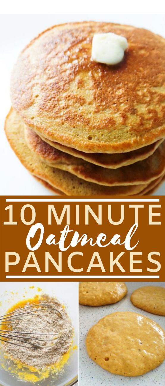 Oatmeal Pancakes {Healthy, But Addictive} #healthy #breakfast #easy #pancakes #vegetarian