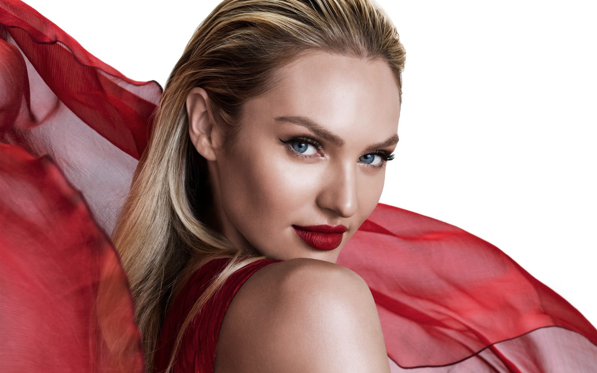 Candice Swanepoel 2018 Wallpaper