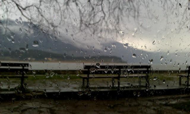 Σε εξέλιξη ισχυρές καταιγίδες σε περιοχές της Ηπείρου