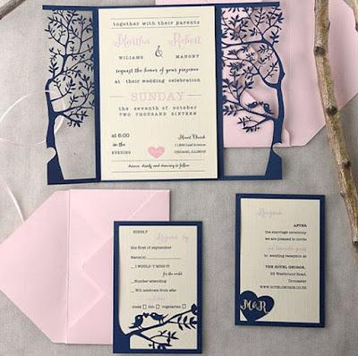 Invito di nozze creativo romantico