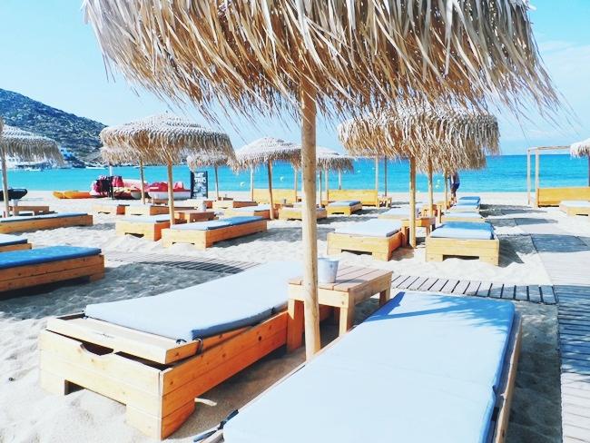 Almyra by the sea beach bar and restaurant Mylopotas beach