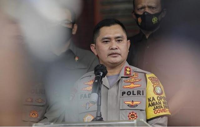 Polda Metro Jaya menolak laporan Pembela Kesatuan Tanah Air Indonesia Bersatu (Paket IB) terhadap Raffi Ahmad, Basuki Tjahaja Purnama alias Ahok, dan beberapa pihak lainnya.