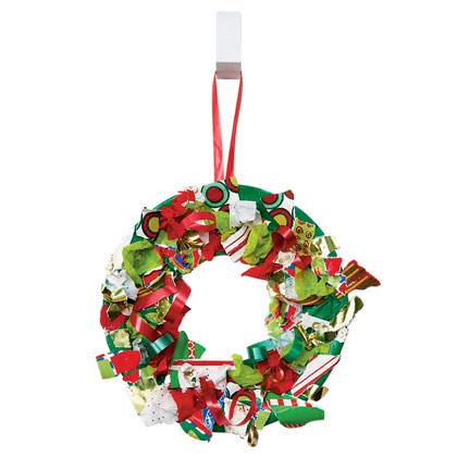 Christmas Craft: Recycled Wreath