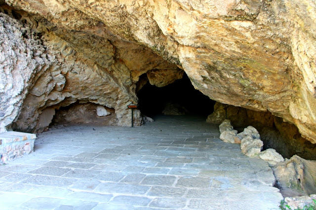 Soria. Lugares monacales a la orilla del Duero