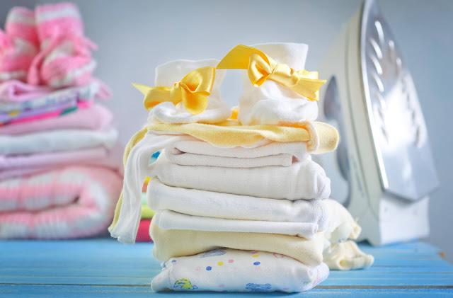 Tips-Memilih-Baju-Bayi-yang-Sesuai-untuk-Si-Kecil-Sensitif