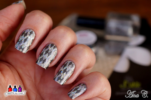 drk nails, microflocado ultra holo, lina feeling shapely 03, whatcha gray satin