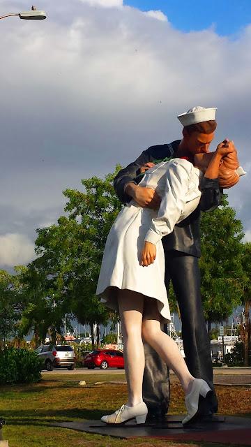 Estátua do Beijo, Sarasota, EUA.