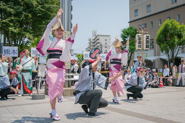 高円寺北口広場、阿波踊り、江戸歌舞伎連の舞台踊りの写真 3枚目