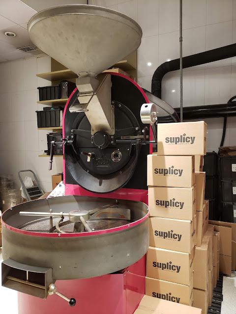 老舗プロバット社の焙煎機