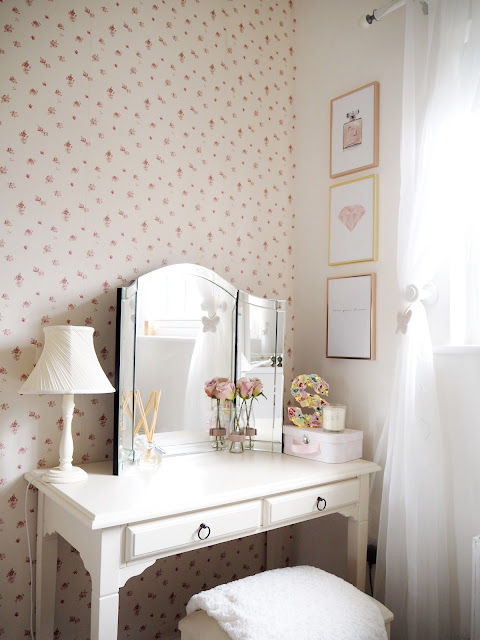 Room tour of my feminine pink spare bedroom with grey and gold interiors and floral decor shabby chic interior design