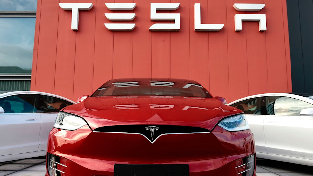 Tesla Copes With Chip Shortages By Writing More Software