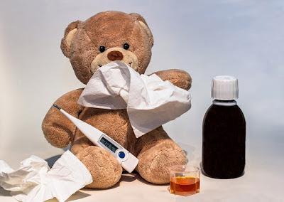 mengobati anak bayi yang demam