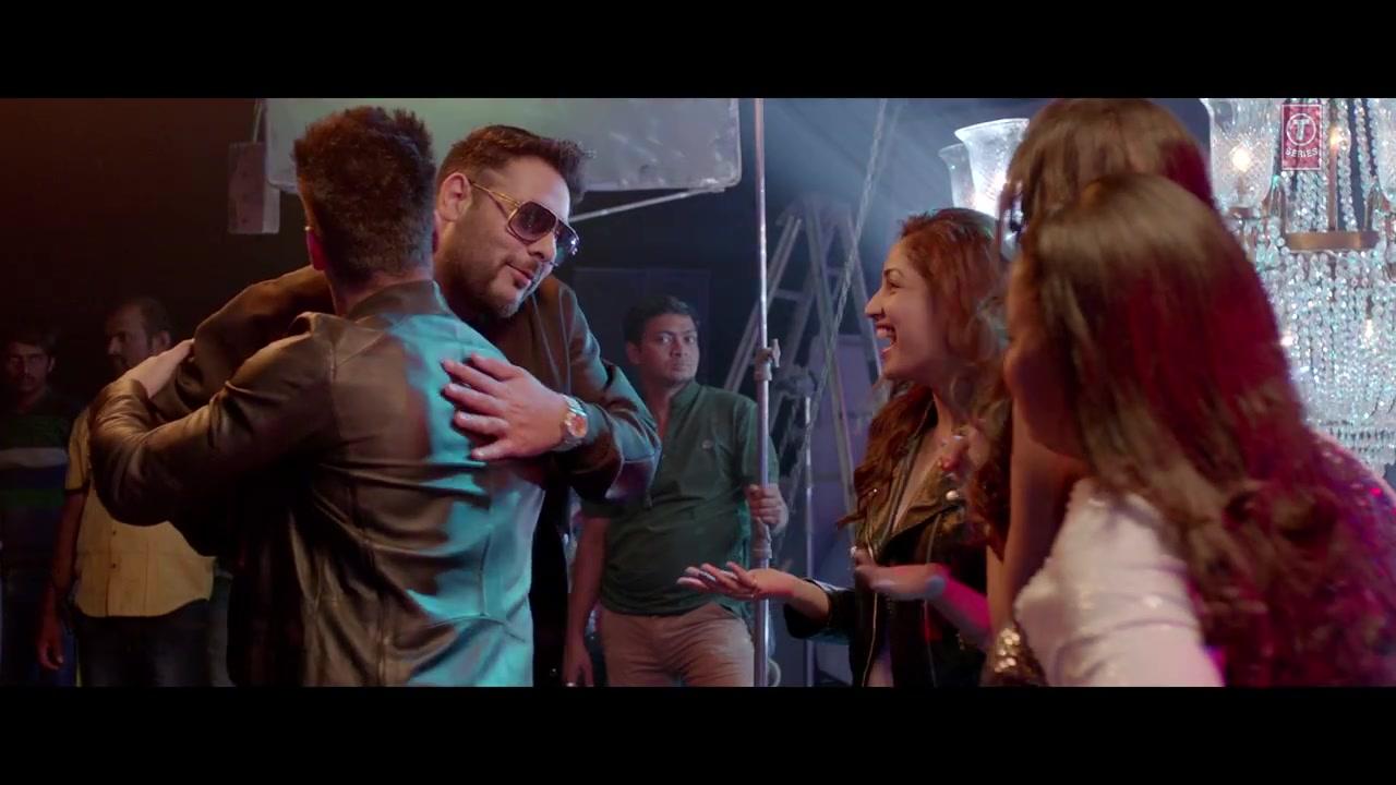 "Sanam Re Movie Wallpaper 11: ""Akkad Bakkad"" Song HD Wallpapers"