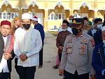 Kapolsek Birem Bayeun Dampingi UAS Di Pesantren Dar Faqih Qur'aini