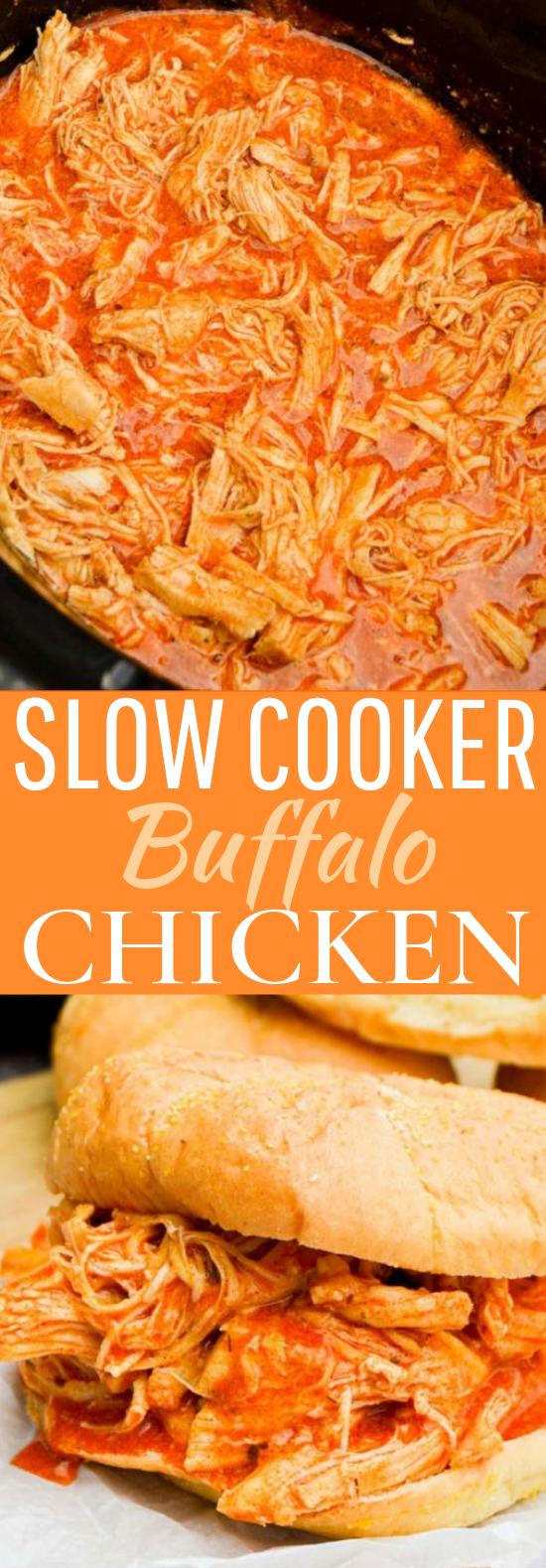Slow Cooker Shredded Buffalo Chicken Sandwich #dinner #slowcooker