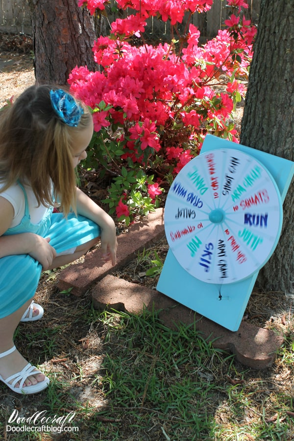 How to Make a DIY Spinner Prize Wheel for carnivals, parties, events or even a chore chart. Lazy Susan and dry erase vinyl pull this spinning wheel together!