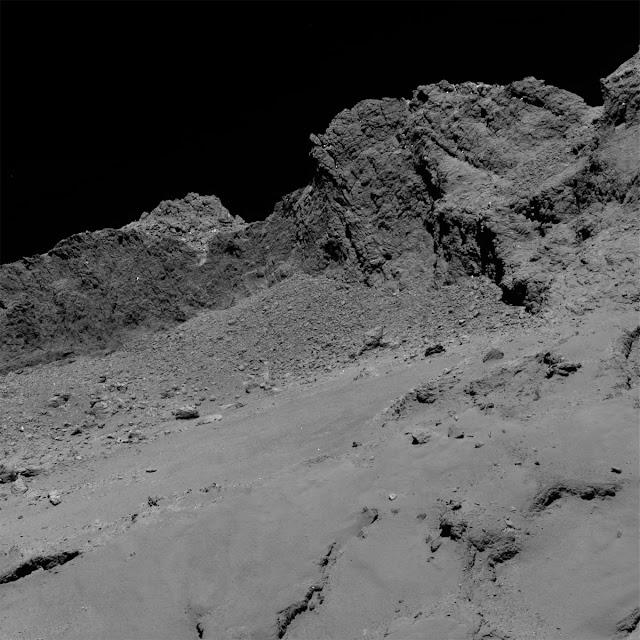 Cometa 67P visto a 16 km de altitude