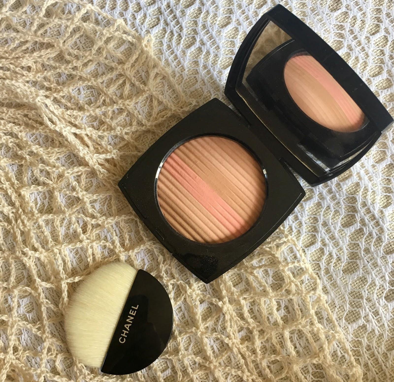 b3408339d1e Chanel Les Beiges Healthy Glow Luminous Multi-Colour Powder