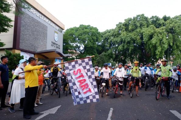 Walikota Lepas Ratusan Peserta Tour de Situ