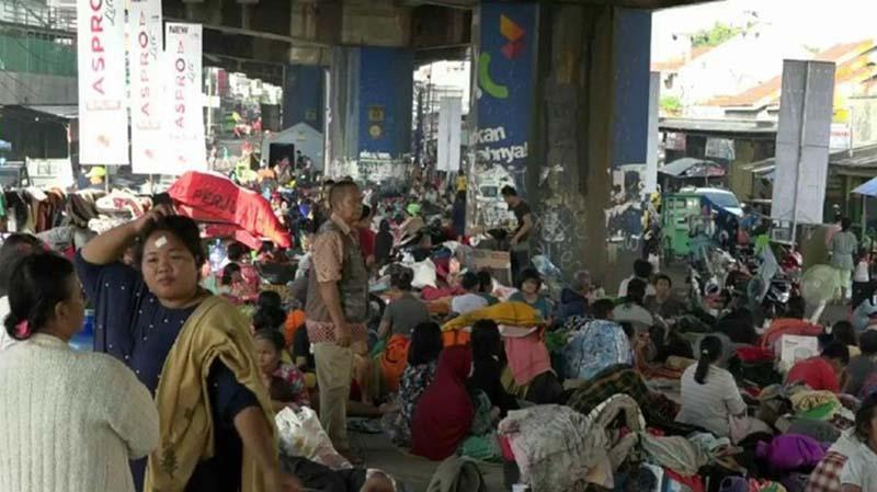 Banjir di Subang, Sudah 3 Hari Warga Mengungsi di Bawah Jembatan