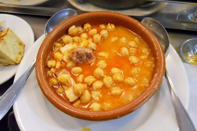 3 days in Madrid: traditional chickpea stew